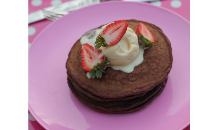 Chocolate pancakes make breakfast EXTRA special!
