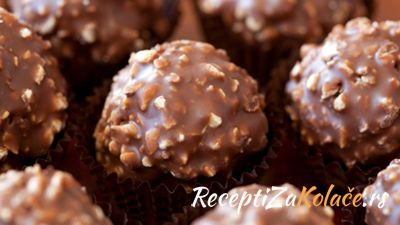 Ferrero bombice http://www.receptizakolace.rs/kolaci-recepti/sitni-kolaci-recepti/42-ferrero-bombice