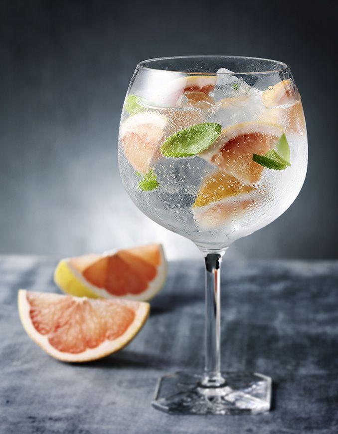 Gin & Tonic Más información en ▶️ http://prixline.wordpress.com/contacto  o por WhatsApp +34 668 802 743 #prixline #Curso #Aprender #Cocteleria
