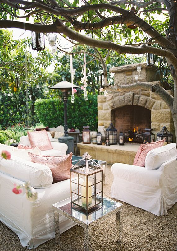Amazing wedding lounge area....who knows someone with a fancy house they want to share for a wedding?