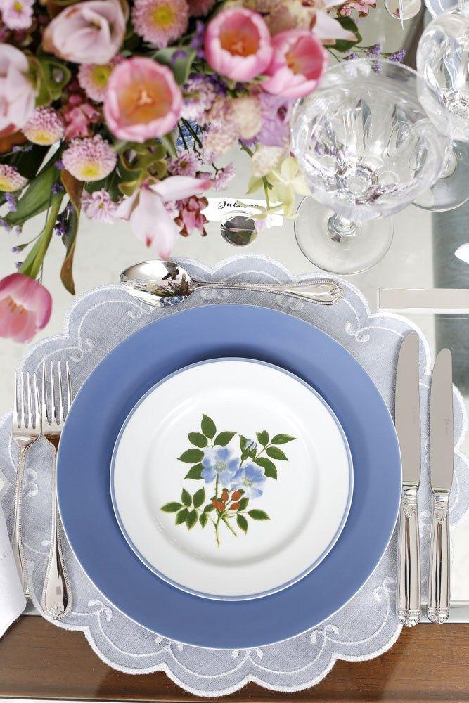 Mesa que preparamos para o lançamentoda maravilhosalouça Bouquet Azul da Theodora Home.
