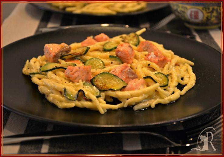 Trofie con salmone, zucchine e robiola al profumo di zenzero - Il Cantuccio di Romeo