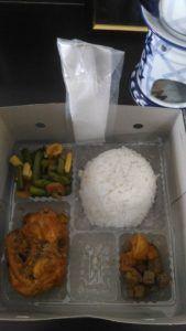 Catering tumpeng 085692092435: 08118888516 Pesan Nasi Box Di Kebon Jeruk
