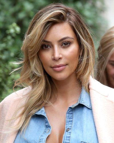 Kim Kardashian Blonde Hair - Wavy Blonde Streaks in Paris - Ombre Hair - Kim Kardashian New Hair