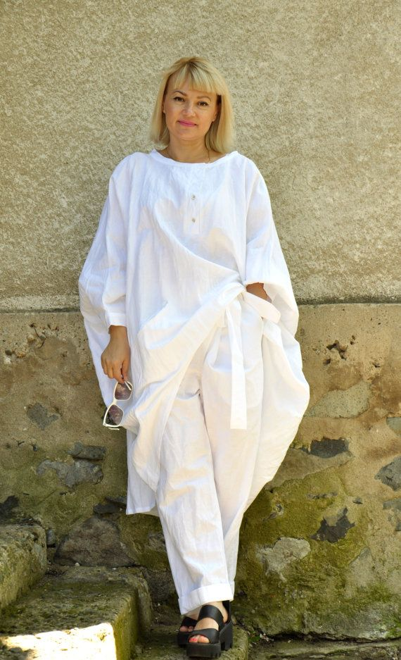 Oversize summer top and pants/White 100% linen by Gabygaclothes