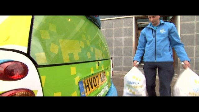 Simply Shredding is a network of family owned shredding companies that have joined together with the aim of becoming one of the largest shredding networks within the UK to cover both the business and home shredding markets. Despite efforts for many years the paperless society still seems to be a million miles away. But with paper comes risk, and Simply Shredding has evolved to help remove worry from both the home or office environment.