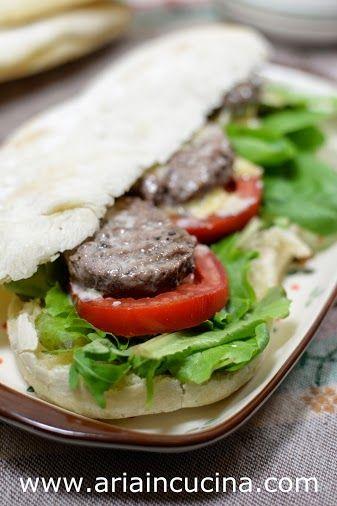 Blog di cucina di Aria: Pane arabo con lievito madre non rinfrescato