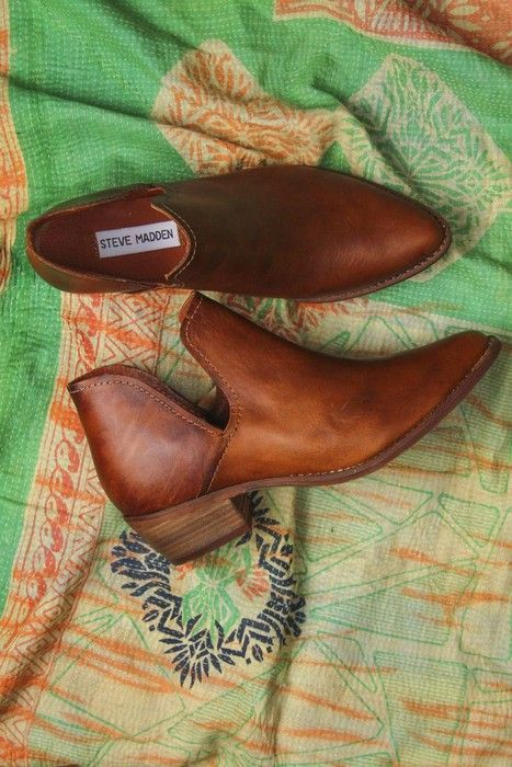 Steve Madden s shoes http://Glamsugar.com I WANT!!! STEVE MADDEN  Austin  Cutout Leather Booties