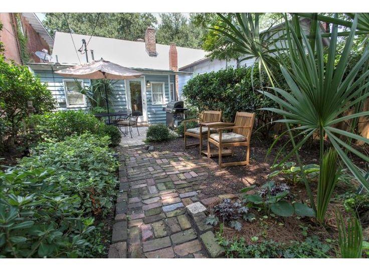 Serenity Garden On Jones | Savannah Rentals | Lucky Savannah