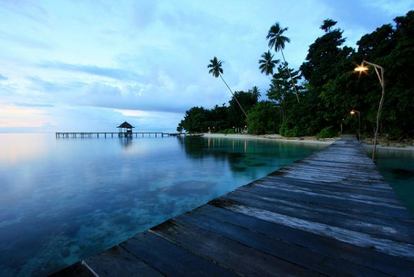 Beautiful Places in Indonesia: Beautiful places in Maluku