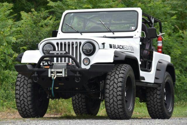 Restomod Jeep CJ                                                                                                                                                                                 Más