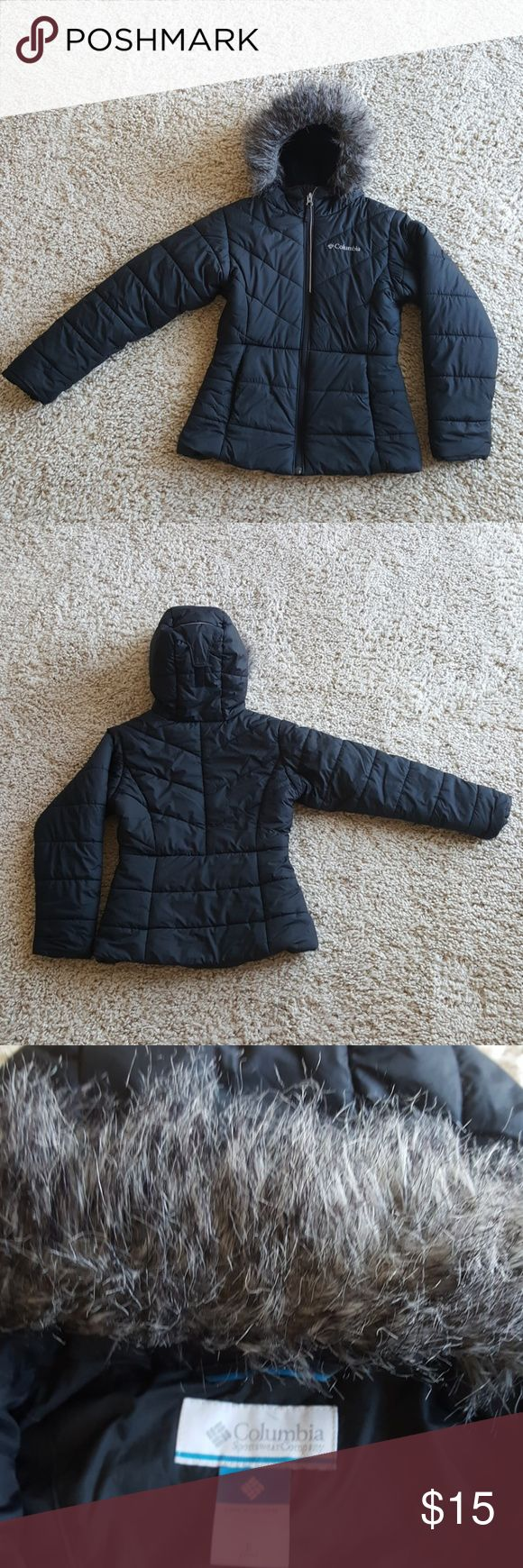 Black girls Columbia faux fur hooded jacket -Girls size small -Black Columbia winter coat -Faux fur trim on the hood.. just starting to show a little wear - Zip pockets and zip front.. all functional - Great condition... excellent quality Columbia Jackets & Coats Puffers