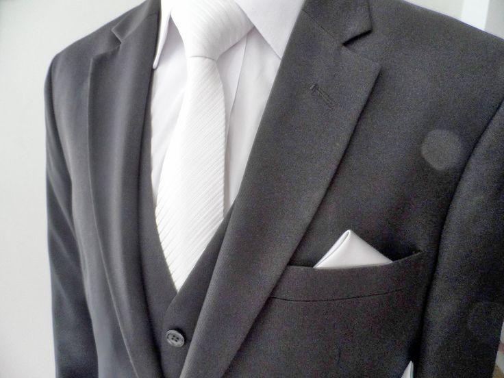 Terno chumbo (trocar gravata)