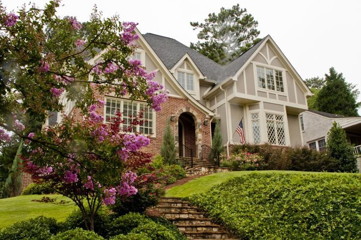 Morningside - Winding streets, traditional brick homes, Craftsman bungalows and Tudor homes.