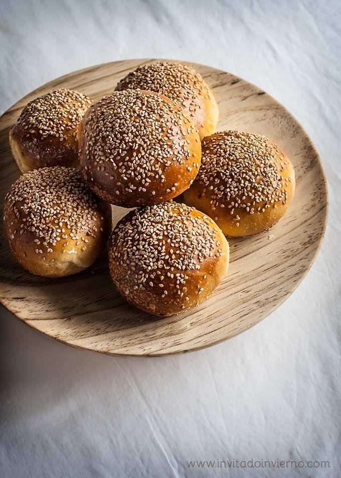 Receta de pan de hamburguesa casero paso a paso, fórmulas con y sin masa madre, con y sin cerveza
