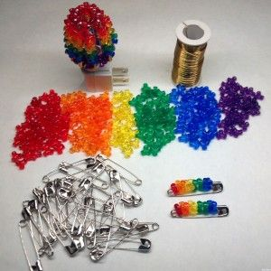 24 best images about beads on pinterest christmas trees for Beads for craft projects