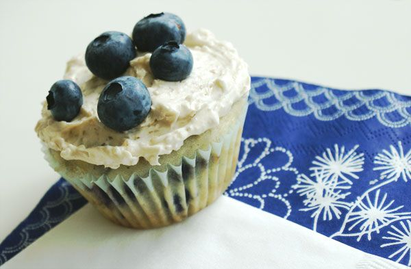 Maple blueberry cupcakes