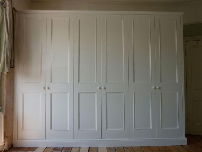 Shaker doors with beading