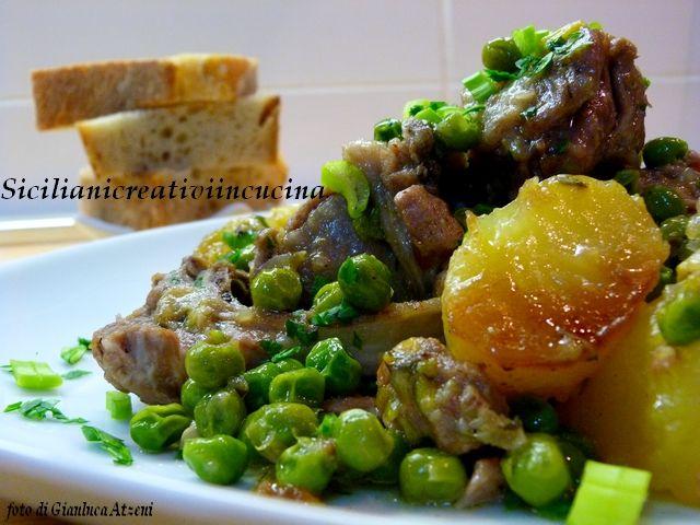 Stufato di agnello con piselli e patate