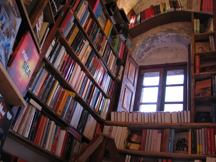 The Best Bookstore in the World is in Santorini