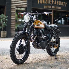 "hondacaferacer: "" Nice bike tag the owner . . #caferacer #hondacb #honda…"