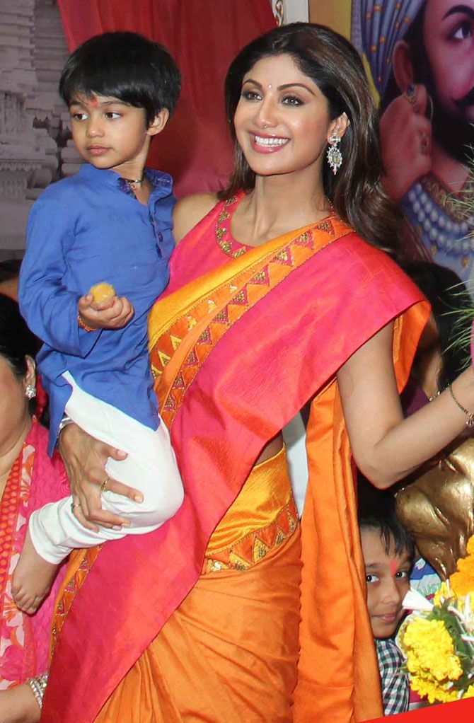 Shilpa Shetty with son Viaan Raj Kundra at Andhericha Raja. #Bollywood #Fashion #Style #Beauty #Hot #Desi #Saree