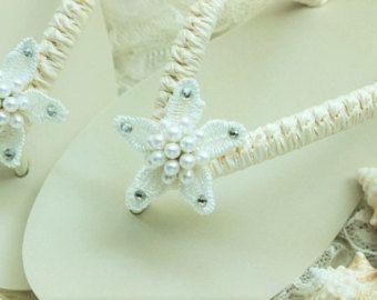 Ivory bridal flip flops beach wedding flip by AdrianaSantosBridal