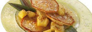 Kokos-Pancakes mit Ananas-Dessert