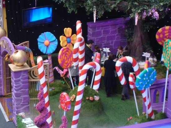 Willy Wonka Factory Gates Entranceway 3d Purple | Event Prop Hire