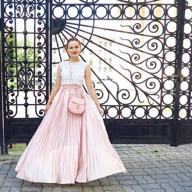 Love my long skirts! #ootd #maxi #pink