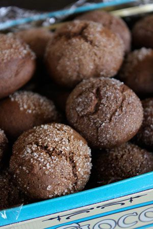 Molasses Cookie Balls - WW - 2 cookies for 1 point!: Weight Watchers, Balls Weight, 20101103 Molassescookies5, 1 Cookies, Recipes Cookies, Food, Cookie Balls, Molasses Cookies