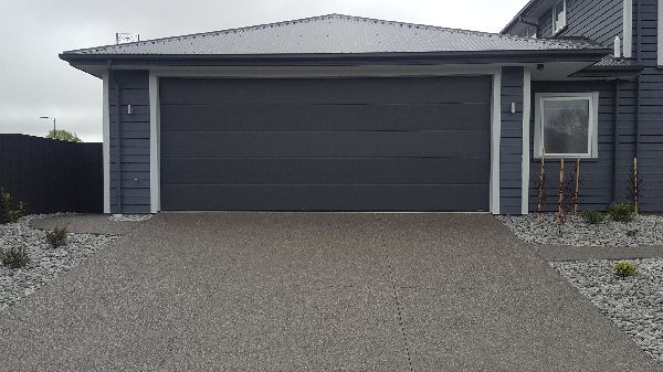 New Black Exposed Aggregate Driveway Christchurch | Major & Minor