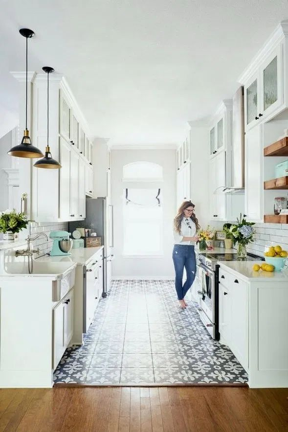 25 unordinary retro galley kitchen design ideas in 2020 on kitchen remodeling ideas and designs lowe s id=77991