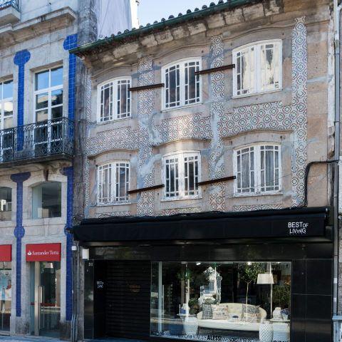 Braga   Rua dos Capelistas, n.º 31 [© Libório Manuel Silva] #Azulejo #AzInfinitum #ILoveBraga