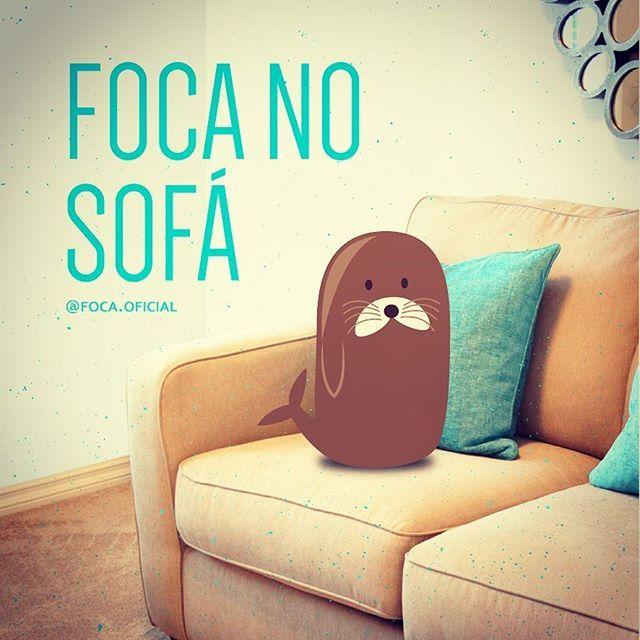 Indo pro sofá em 5...4...3... #focanosofa #foca #foco #sofa #relax