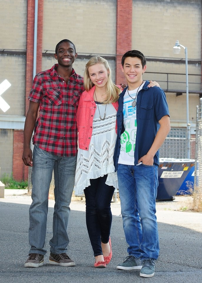 Gracie Dzienny with Carlos Knight and Ryan Potter from Supah Ninjas wearing a Free People Voile Trapeze Slip