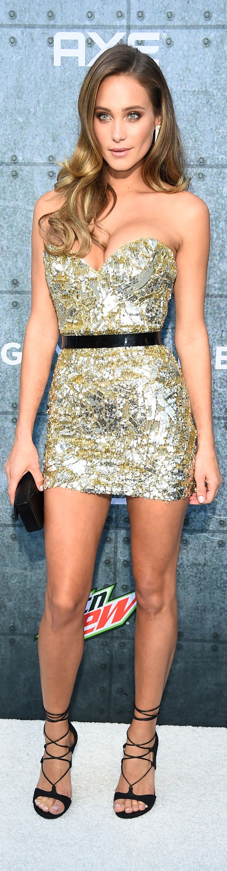 13 Reasons You Should Know Who Hannah Davis Is
