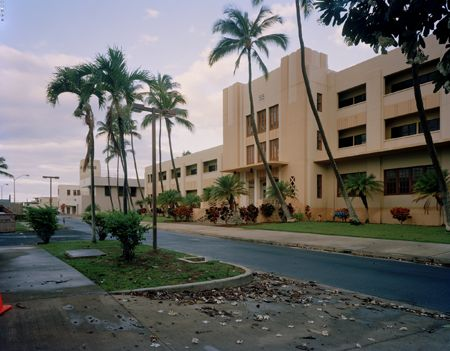 Building 55, Former Bachelor Enlisted Quarters and Mess Hall, Pearl Harbour, Hawaii, 14/09/2012, 6.44 (tropical)