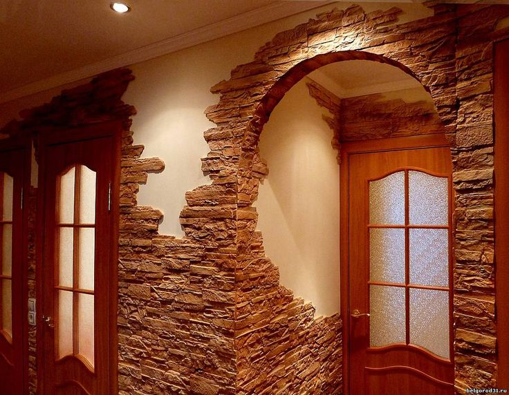Отделка камнем дверных проемов - эффектный и не слишком затратный способ декорировать помещение, придать ему шарм и очарование.