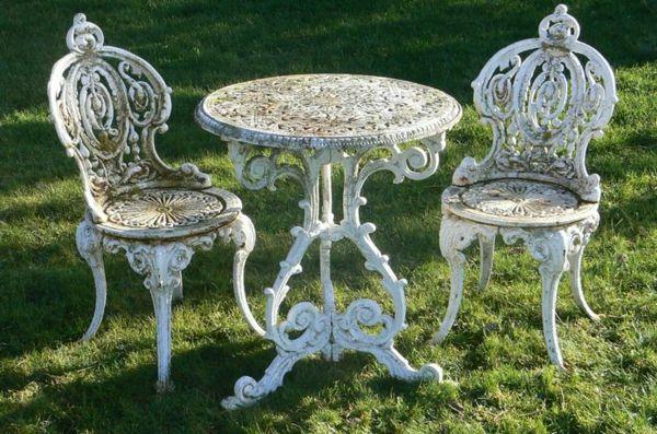Pin Von Iris Leuer Auf Garden Decoration Bemalte Gartenmobel Viktorianisches Mobel Gartenmobel Sets