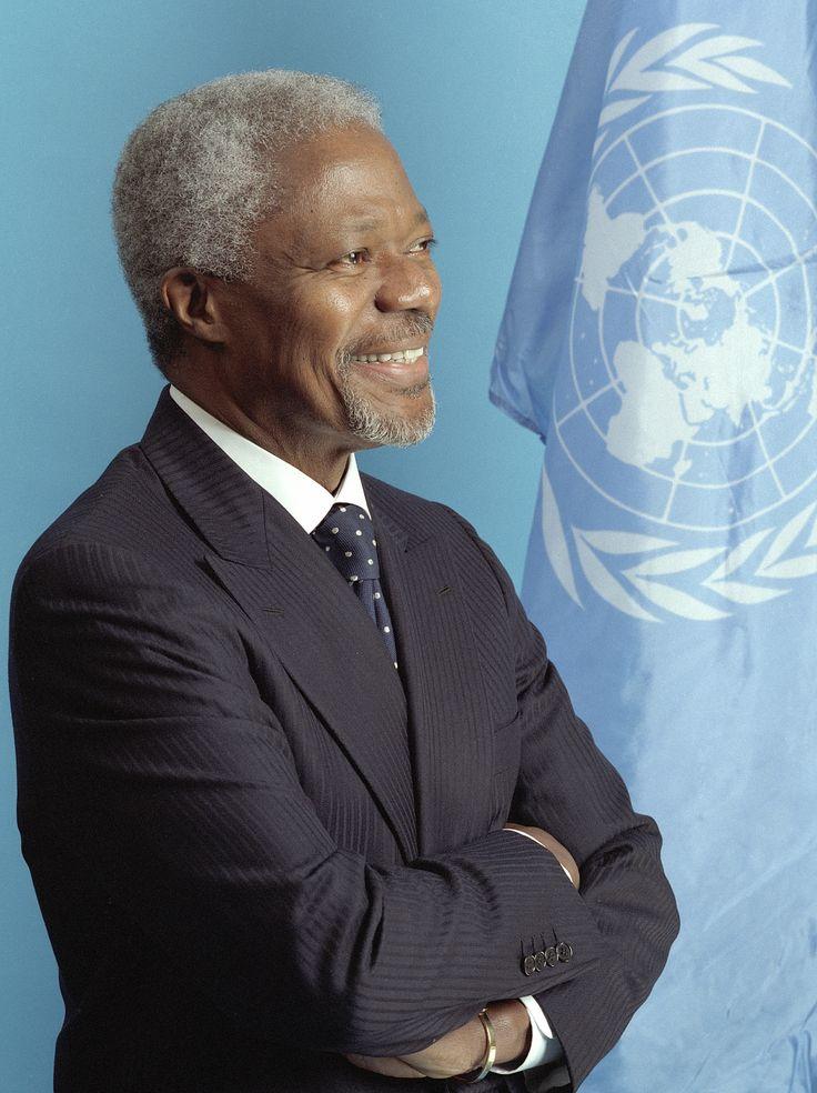 Prix Nobel de la paix 2001 - Le Comité du Nobel distingue les Nations Unies et son Secrétaire général Kofi Annan pour « leurs efforts en faveur d'un monde mieux organisé et plus pacifique ».