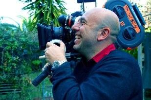 Il regista Paolo Virzì durante le riprese del film Tutti i santi giorni