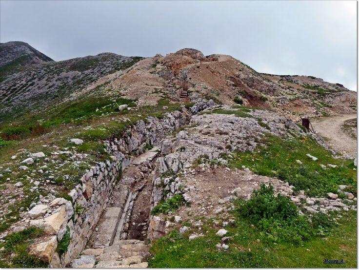 Monte Pasubio trincea  della linea di massima resistenza italiana a Selletta Comando  WWI