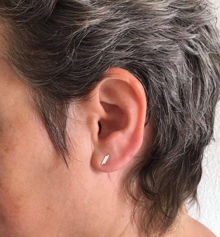 Nieuwe echt zilveren staafjes oorsteker: Het dubbele staafje! Online en in de winkel verkrijgbaar.