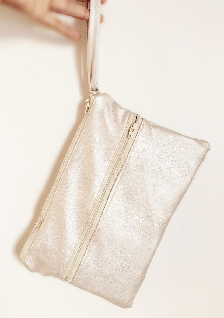 Champagne Leather Clutch Pattern   AllFreeSewing.com