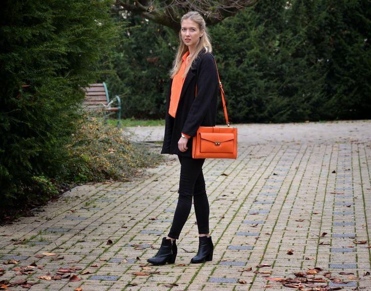 Style of Lucie Redlich: orange bag Benetton