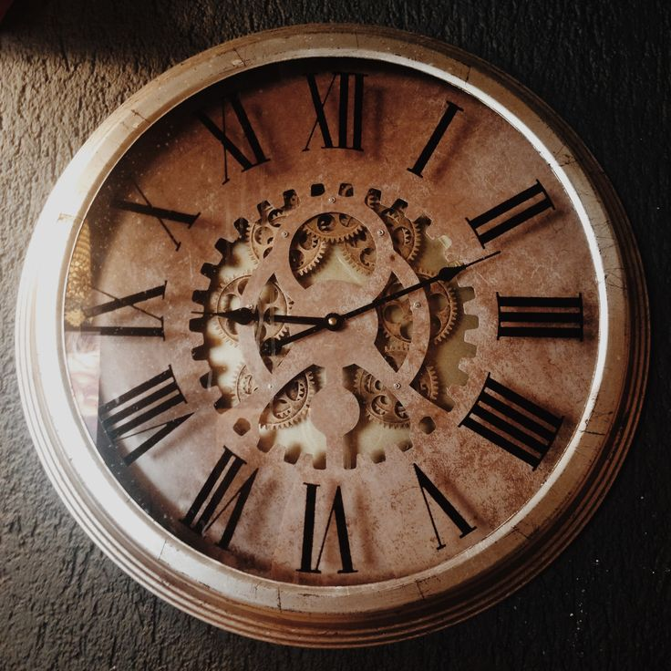Traditional wall clock #vintage #antique