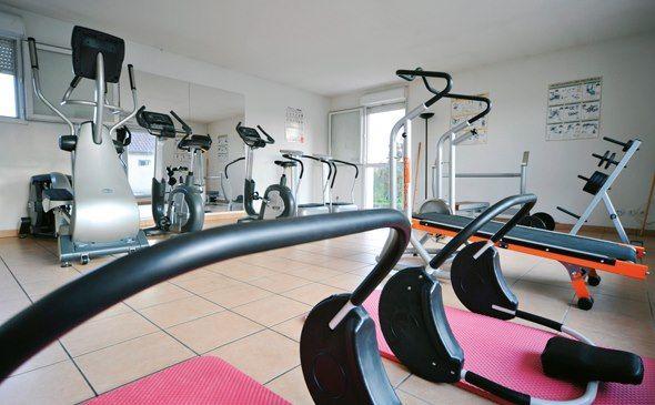 Park&Suites Confort Dijon Ahuy** - Salle de fitness #dijon #hotel #apparthotel #salledefitness http://www.parkandsuites.com/fr/appart-hotel-dijon-ahuy