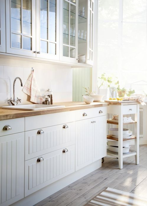 A kitchen is more than a set of cabinets and doors – it's the heart of your home. At IKEA we think it makes sense to dream big, whether it's floor to ceiling cabinets or counter tops that never end. That's why we make sure our kitchens are affordable, and offer lots of help along the way – from planning it to putting it together at home.