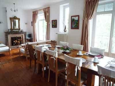 Salle à manger des Gîtes et chambres d'hôtes à vendre à Langogne en Lozère